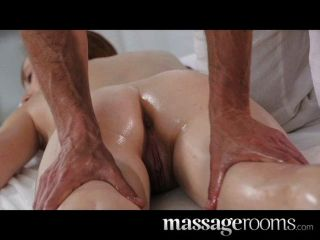Salas de massagem profunda e intensa foda