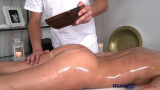Salas de massagem sexy babe squirting