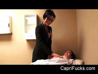 Capri cavanni fode seu médico lésbica