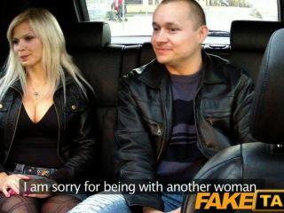 Marido faketaxi relógios esposa ter relações sexuais