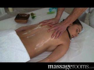 Salas de massagem tesão menina boobs grande