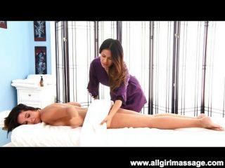 Massagem de pussy doggystyle
