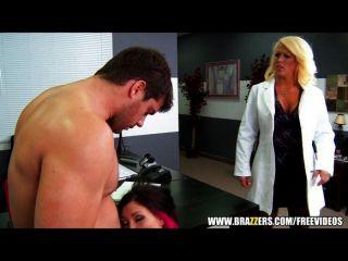 Médico assistente é pego fucking pacientes