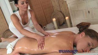 Salas de massagem clit play orgasmo múltiplo