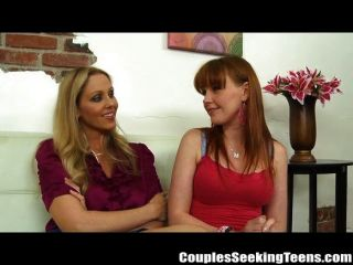 Julia ann e marie mccray cum gushing threesome