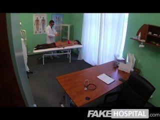 Falsos médicos hospital galo mágico