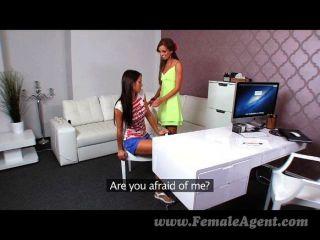 Femaleagent, lésbica, orgasmo múltiplo, fundição