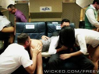 Orgia asiática quente em um avião