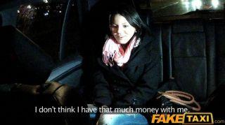 Faketaxi babe fodido por cabbie