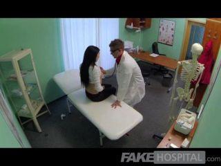 Fakehospital médicos curas de galo sexy alto
