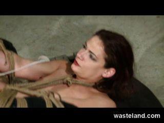 Wasteland original bdsm tudo o que brilha