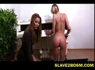Estudante de piano recebe otk spanking