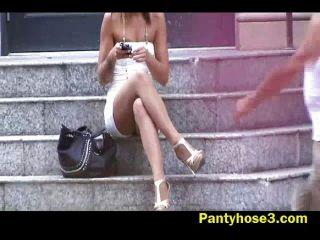 Loira, menina, nylon, upskirt, escadas