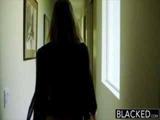 Blacked grande booty menina abella perigo worships grande pretas galo