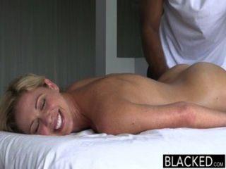 Blacked hot southern blonde tem grande preta galo