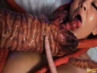 Hitomi tanaka adora ser fodido por tentáculos versão curta