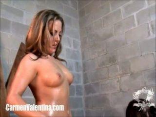 Garota sluts carmen valentina e roxy raye anal gaping!