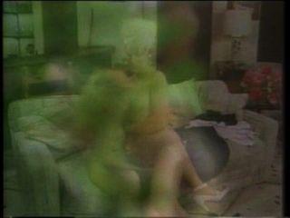 Amberella agente de luxúria (1986) amber lynn, elle rio