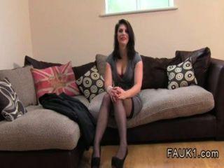 Britânico amador anal fodido em fundição por agente falso