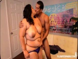 Grande booty latina karla lane recebe sua bunda cheia de galo enorme