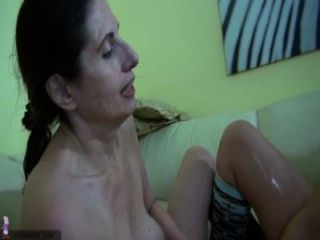 Oldnanny velho maduro lésbica e mulher madura masturbando