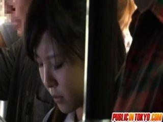 Adolescente japonês fazendo sexo em público
