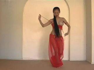 Bela dançarina da barriga tailandesa
