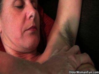 Vadias peludas que precisam de uma boa fricção