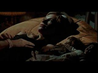 O assassinato de irmã george (versão lésbica de cena completa)