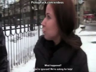 Vídeo pornô realidade com uma cena secretária 2