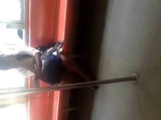 Sri lankan, menina, pernas, mostrando, trem, gal, lanka