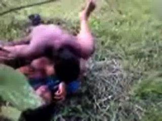 Bangladeshi sexo indiana telugu aldeia aunty em saree fodido ao ar livre