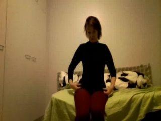 Sexy webcam amador tiras e masturba-se