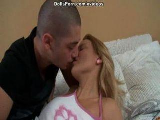 Deepthroat e quente cena do sexo anal 1