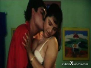 Melhor beijo erótico e boob sugando vídeo hd adolescente indiano
