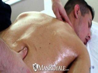 Hd manroyale massagem sensual se transforma em sexo quente