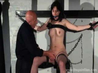 Amordaçado escravo honestidade caballeros dominação erótica e mamilo torturas de morena