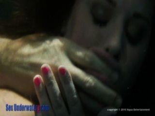 Superfície screamer parte subaquática do sexo 2