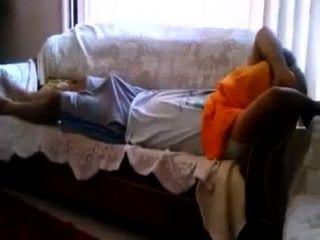 Espiando a mala tio de pau duro dormindo