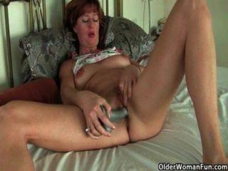 British milfs amor masturbando com brinquedos sexuais