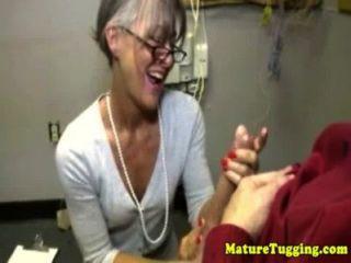 Granny maduras massagens dick