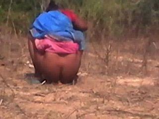 Tamil, tia, travado, escondido, câmera, ela, xixi