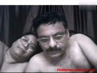 Tio e tia sexo caseiro redtube livre anal porn videos, grandes tetas filmes e clips asiáticos