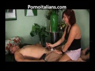 Porno incesti italiani figlia fa pompino italiano família porno pai filha