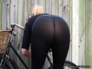 Sexy lycra ass britânico milf daniella inglês