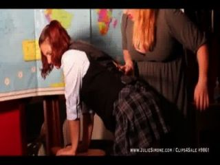 Repreendido spanked schoolgirl reboque web convertido