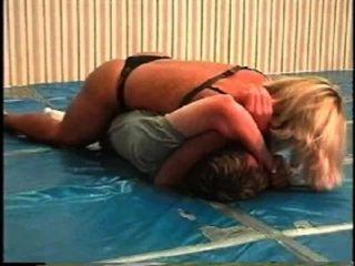 Flamingo wrestling mw066 jill vs brett part1