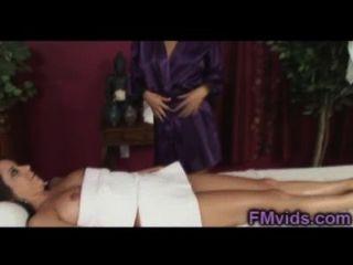 Tessa taylor massagem lésbica quente