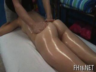 Sexy de dezoito anos de idade babe fica ferrada duramente