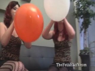 Alura \u0026 felix sentar para balão pop fetiche